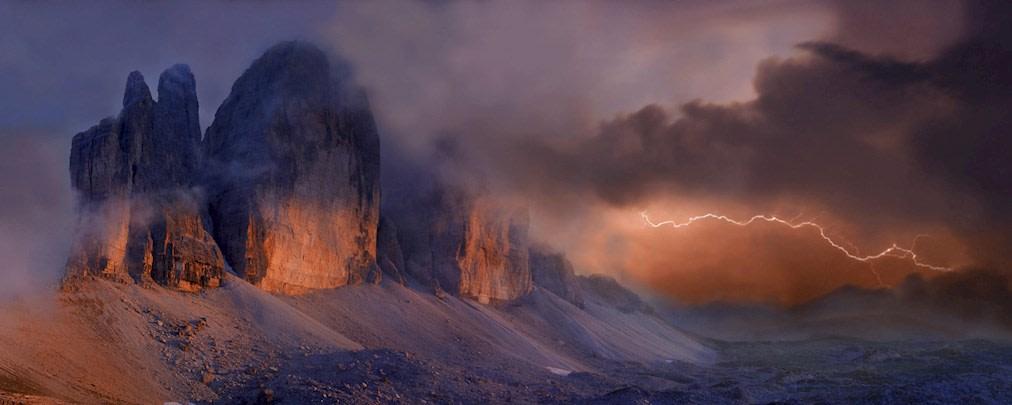 Gewitter im Gebirge: So verhält man sich richtig!