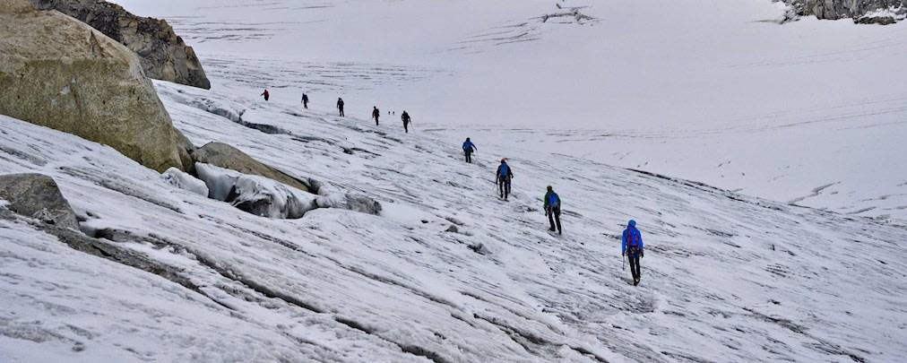 Hochtouren: Auf Gletschern sicher unterwegs
