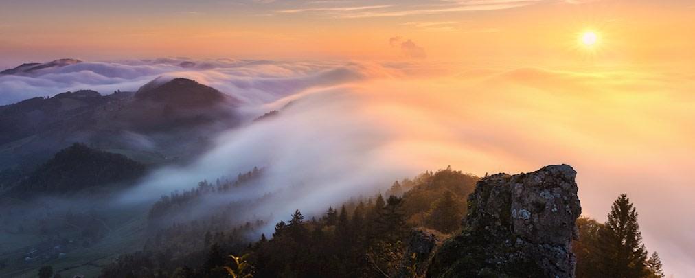 """ALPIN-Fotowettbewerb im Oktober: """"Goldenes Licht am Berg"""""""