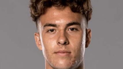 Hoppe Verkundet Unterschrift Auf Schalke Transfer Kicker