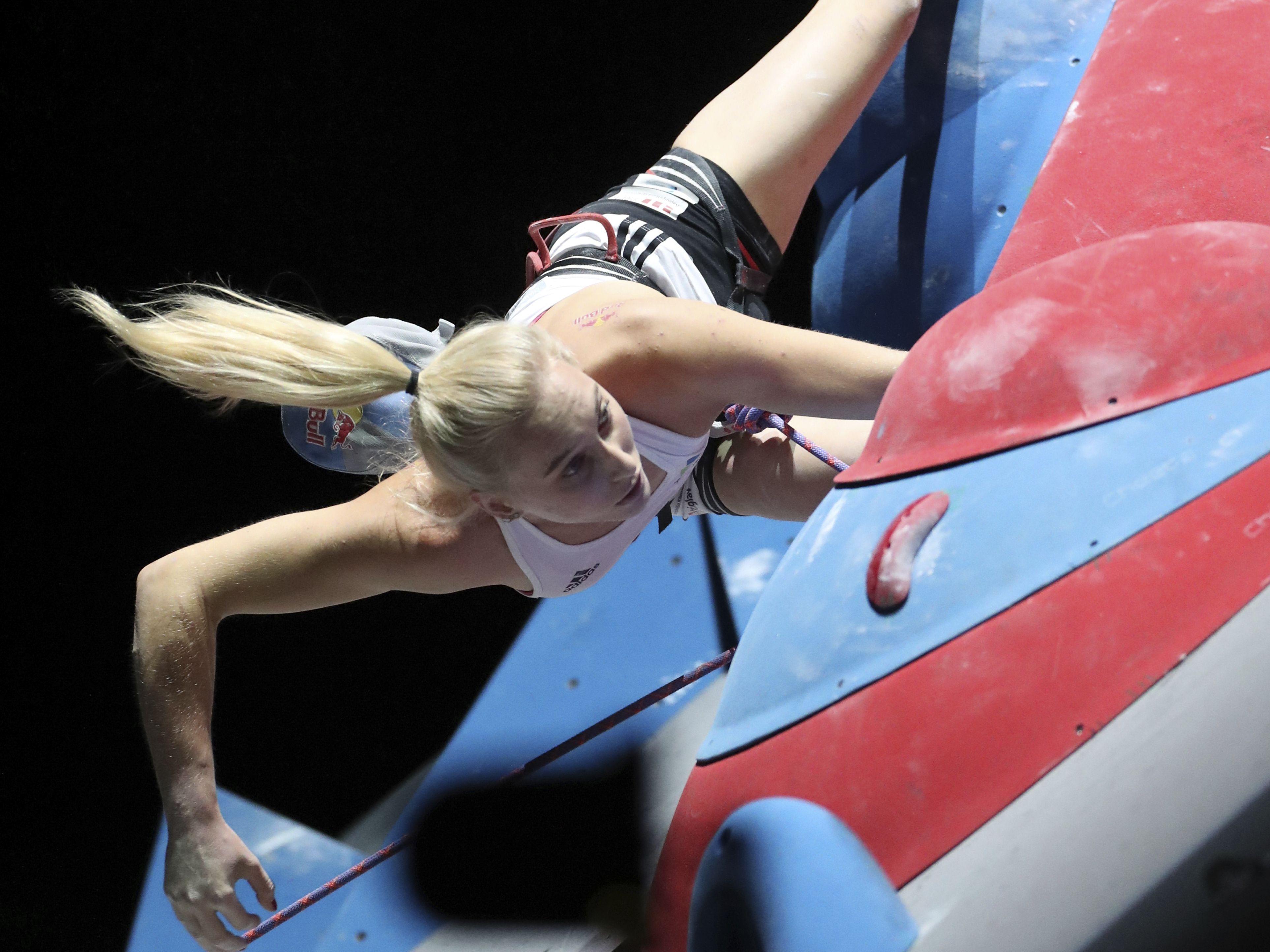 Klettert in ihrer eigenen Liga: Die Slowenin Janja Garnbret gewann auch den Lead-Wettbewerb der Frauen.