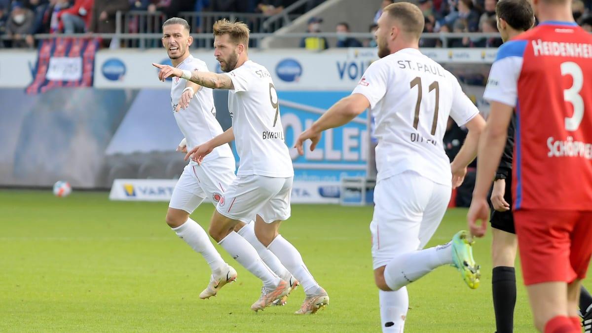 Nach schwacher erster Hälfte: St. Pauli schockt FCH in fünf Minuten