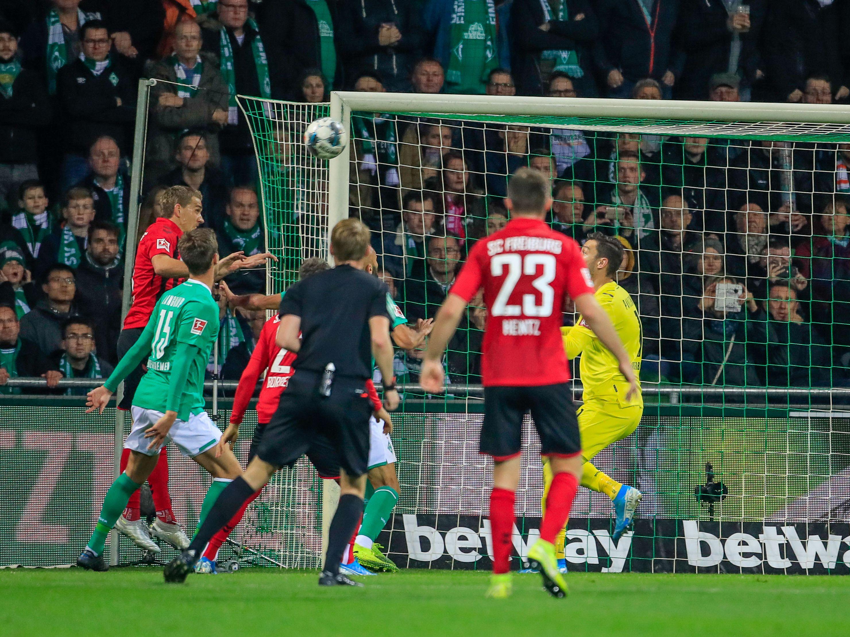 Nils Petersen trifft zum 2:2