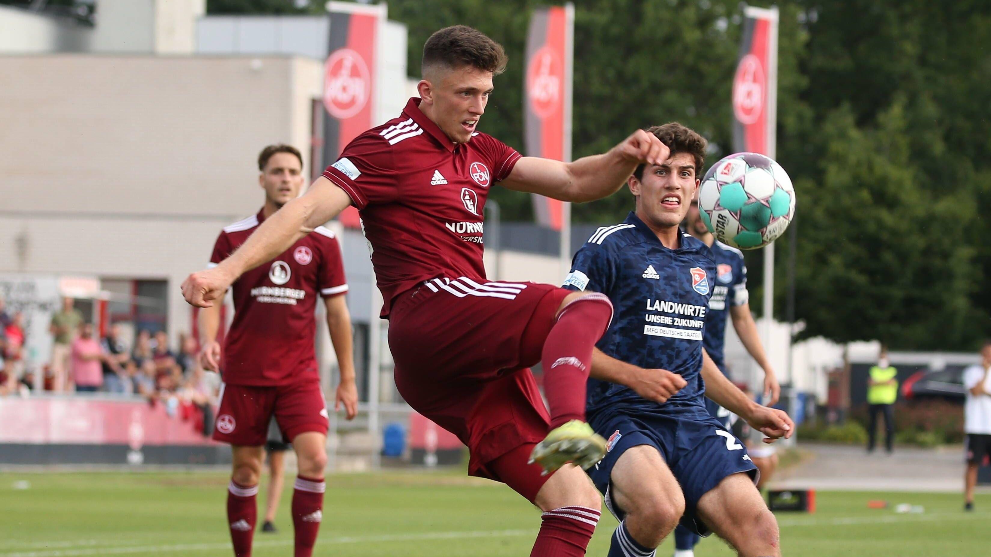 DFB sperrt Rosenlöcher
