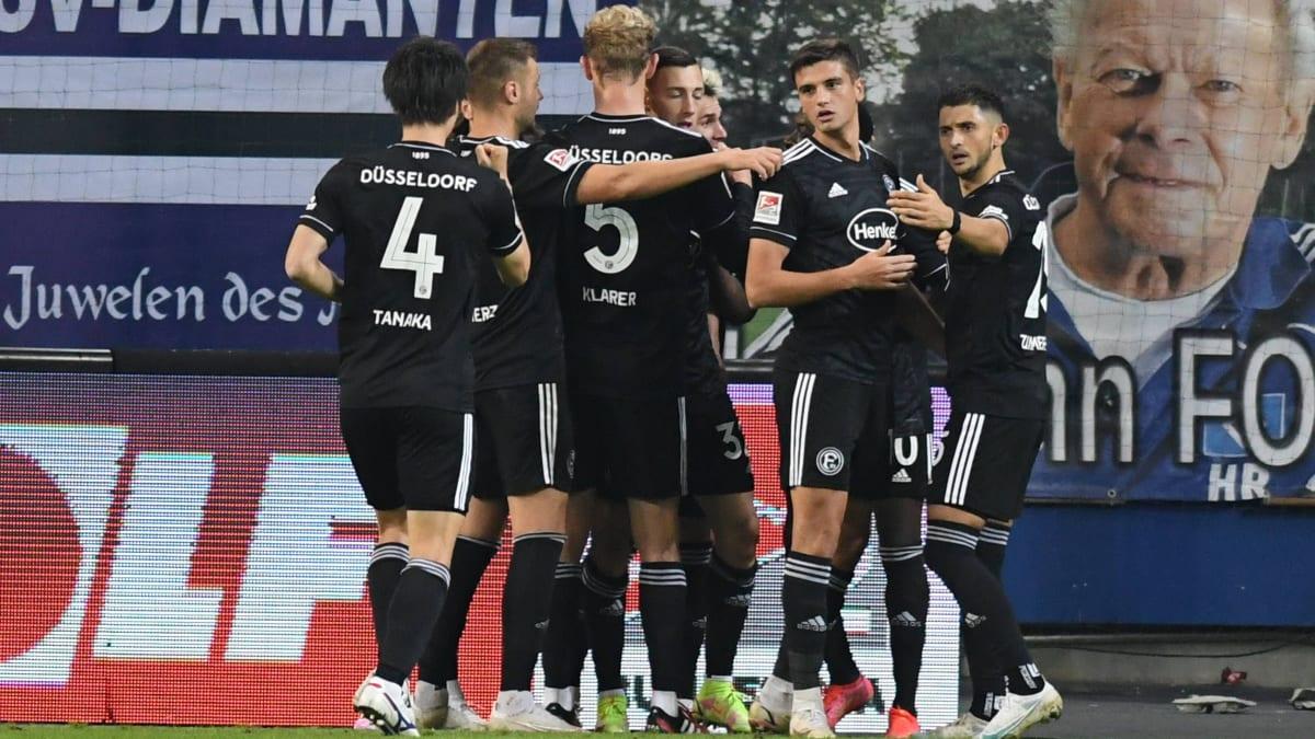 In Unterzahl: Düsseldorf ringt dem HSV nach Rückstand einen Punkt ab