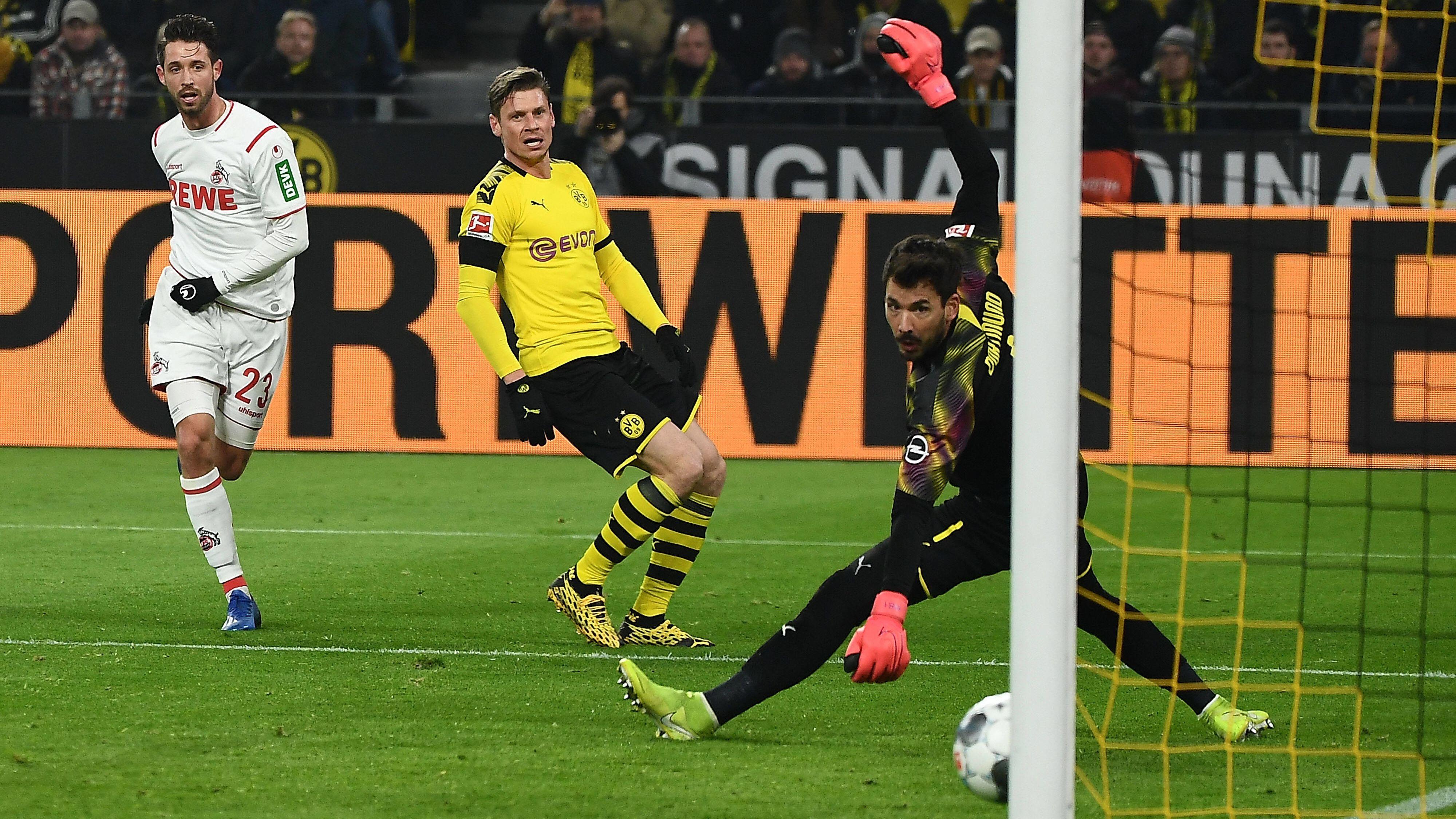 Mark Uth trifft in Dortmund
