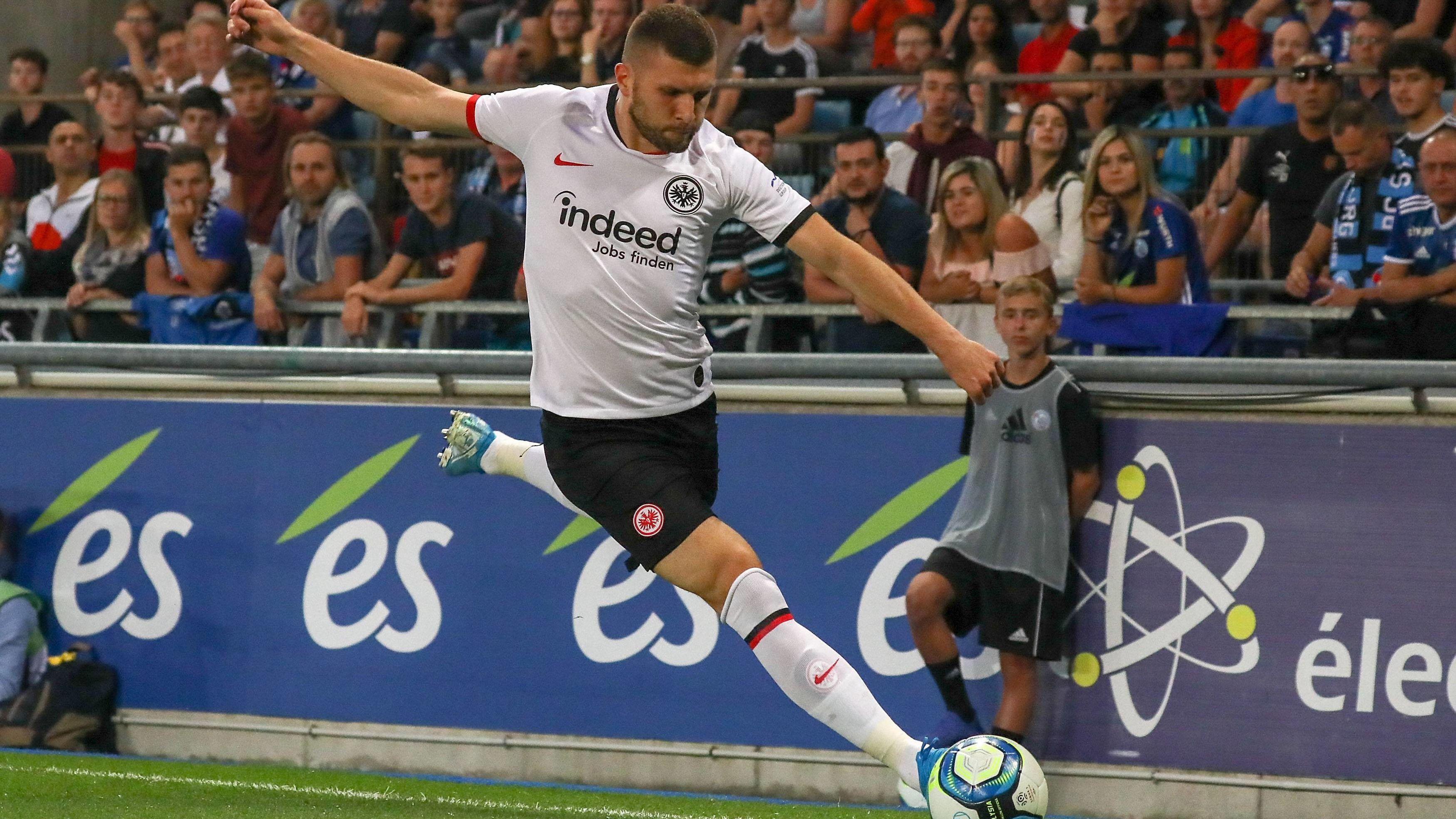 Rebic spielt sich bei Eintracht Frankfurt ins Abseits und erntet harsche Kritik - kicker