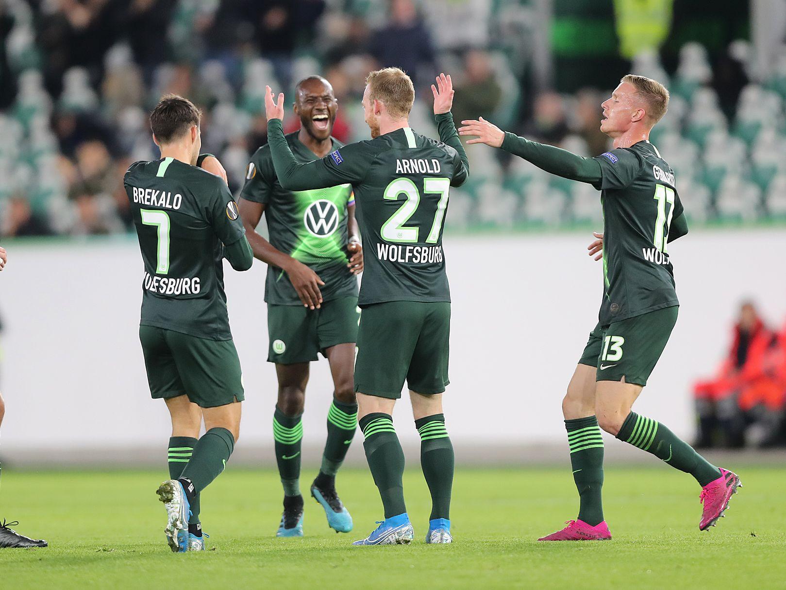 Freude pur: Wolfsburger Spieler bejubeln einen ihrer Treffer.