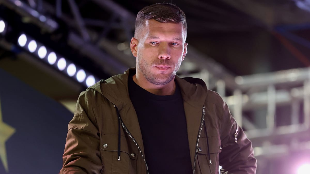 Podolskis Kritik an FIFA, VAR, der Liga und dem FC