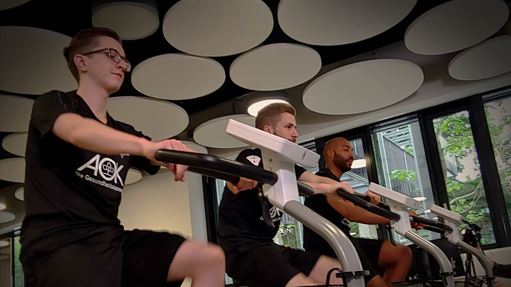 Sport statt Zocken: Das eSport-Training 2.0? | eSport MEHR eSPORT - kicker