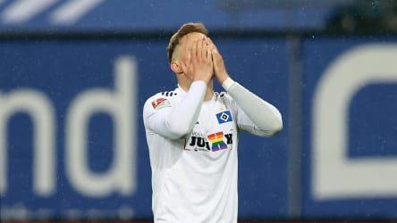 Frustriert im Nachholspiel: HSV-Profi Sonny Kittel.