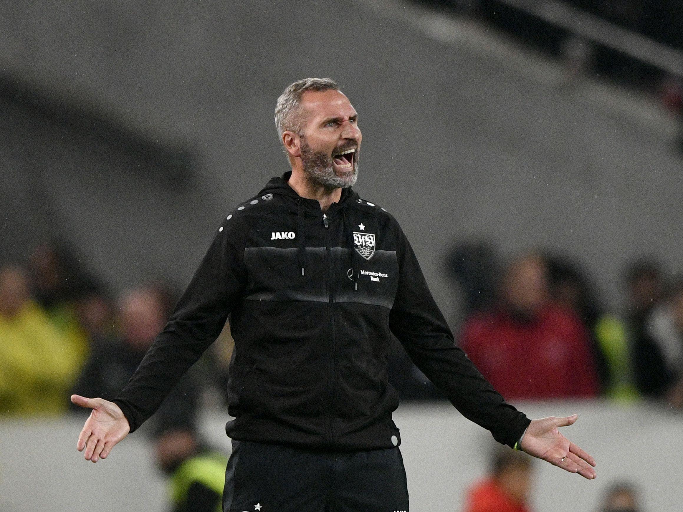 Ernüchtert: Stuttgarts Trainer Tim Walter war mit dem Auftritt seiner Mannschaft nicht zufrieden, bleibt aber optimistisch.