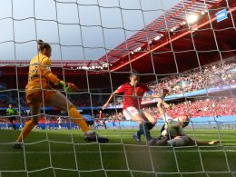 Panos patzt, Torrejon schläft, Däbritz setzt nach: Das deutsche 1:0 aus nächster Nähe.