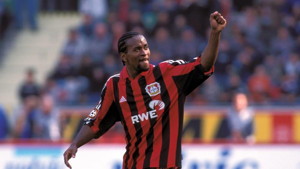 Ein Virtuose am Ball: Leverkusens Zé Roberto.