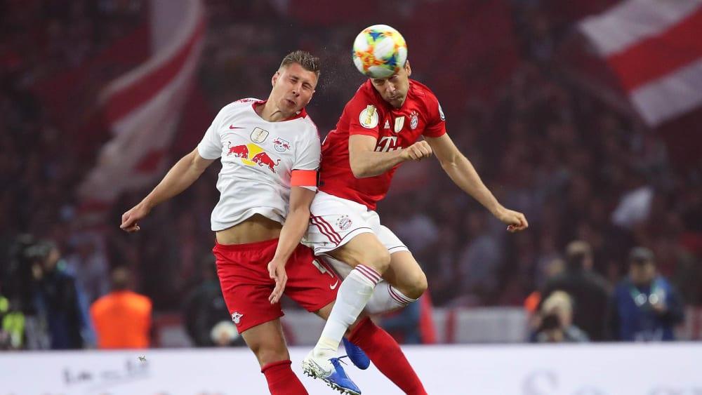 Willi Orban gegen Robert Lewandowski