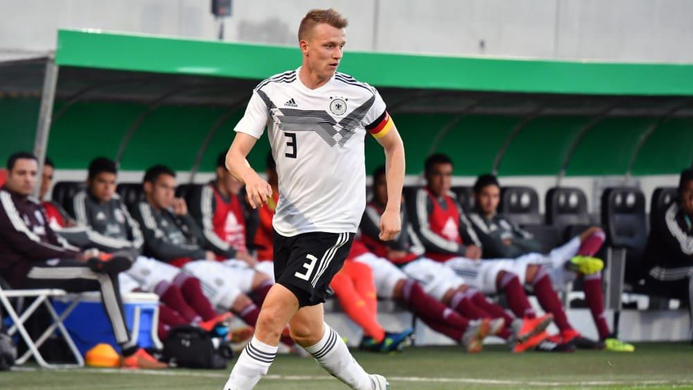 Lukas Klostermann (23) - RB Leipzig