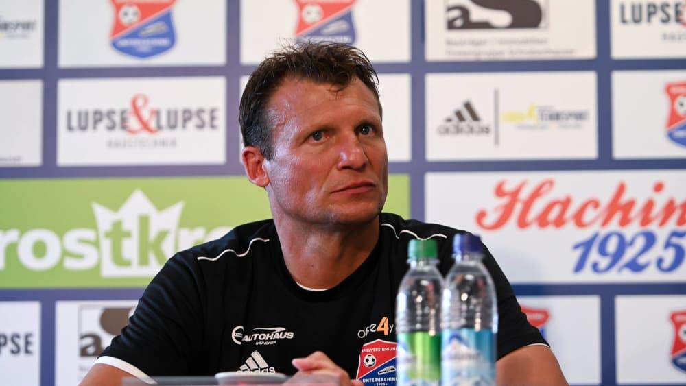 Unterhachings Trainer Claus Schromm