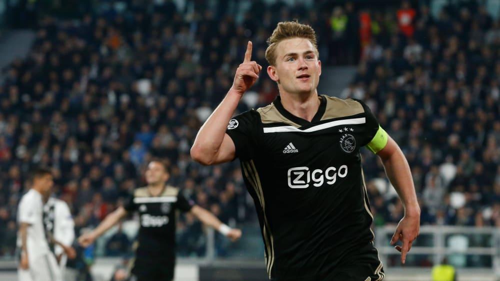 Er kennt das Gefühl, im Allianz Stadium zum Jubel abzudrehen: Matthijs de Ligt trägt ab Sommer das Trikot von Juventus Turin.