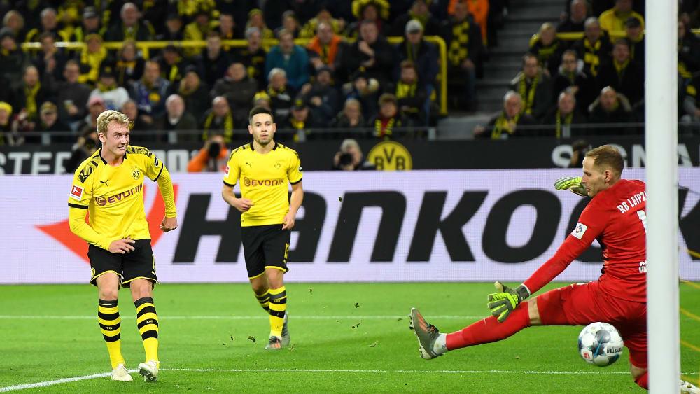 Geniestreich zum 2:0 - doch Julian Brandt (l.) war auch für einen Dortmunder Gegentreffer verantwortlich.