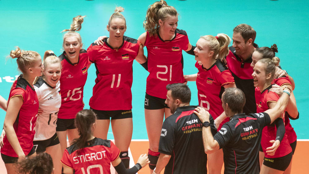 Die deutschen Volleyballerinnen halten Kurs auf Olympia.