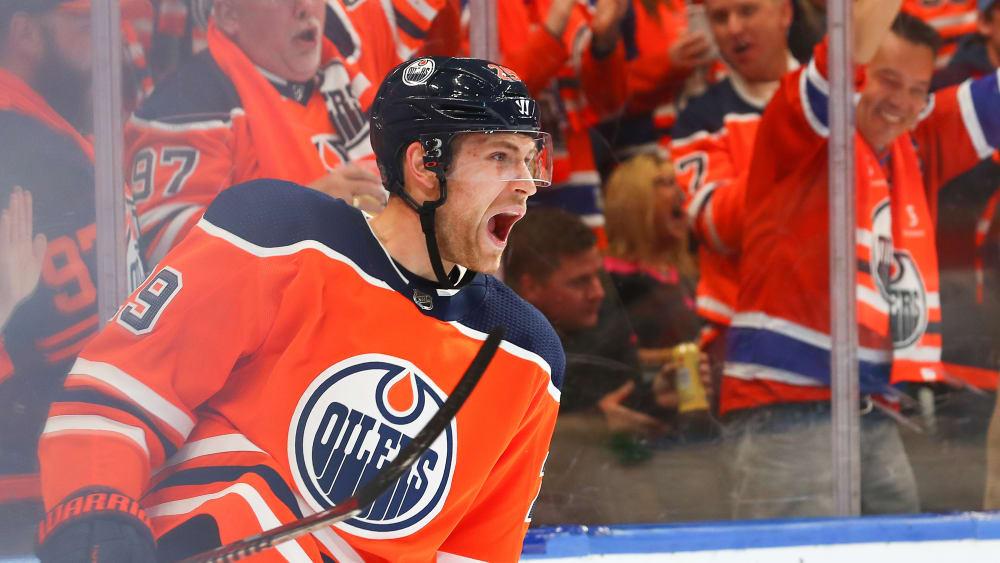 Auftakttreffer: Leon Draisaitl brachte die Edmonton Oilers mit 1:0 in Führung.