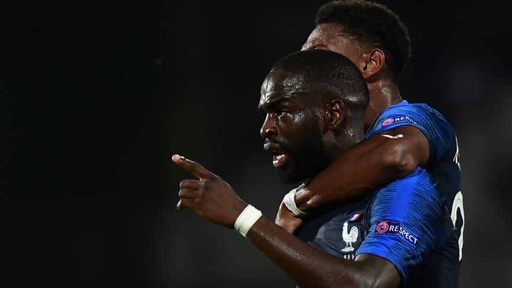 Trotz zweier verschossener Elfmeter hatte Frankreich gegen England das glücklichere Ende für sich.