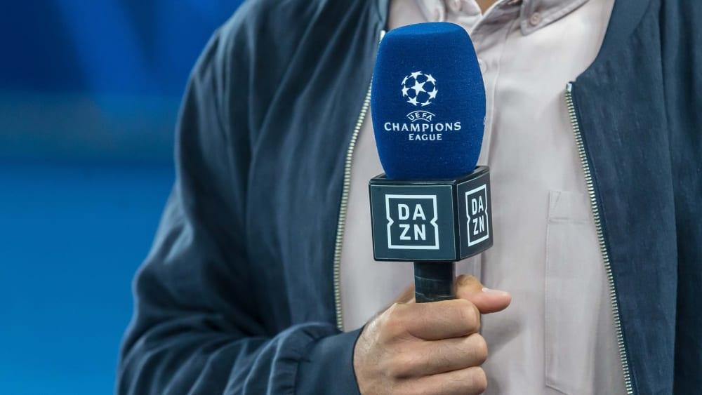 Mikrofon von Streaminganbieter DAZN