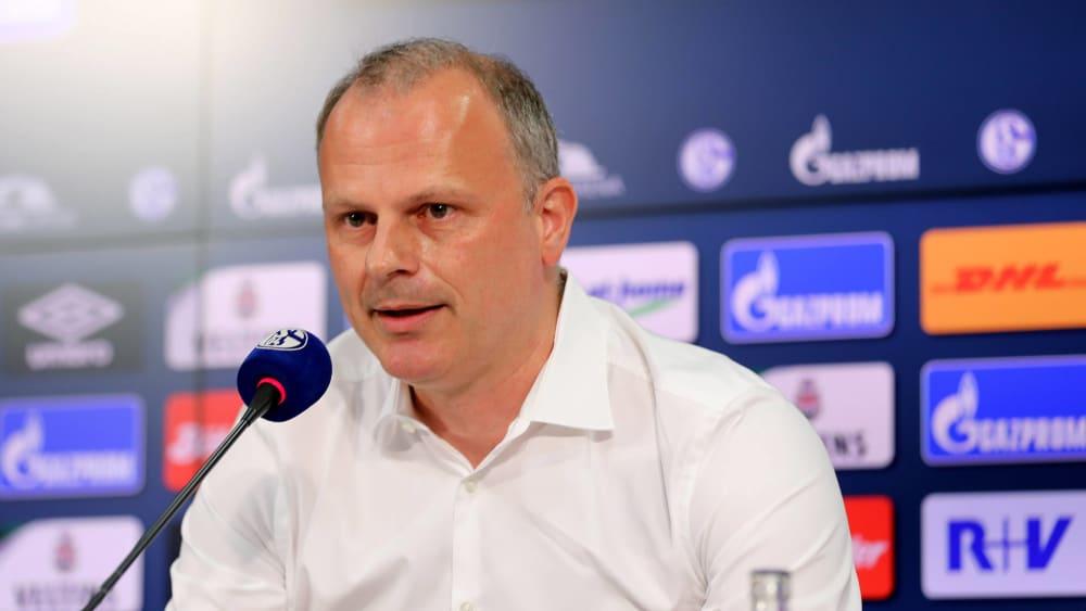 Jochen Schneider am Donnerstag auf Schalke