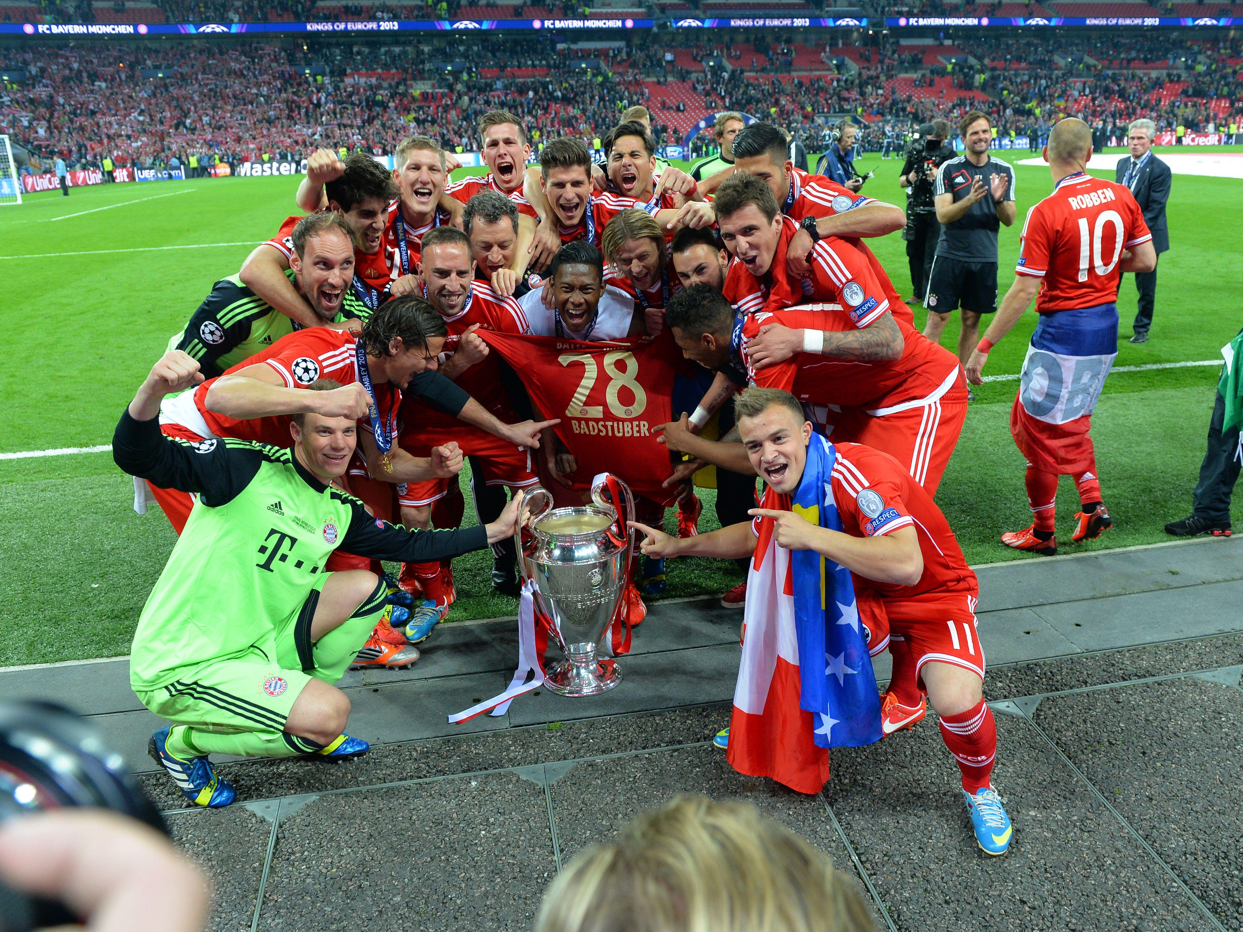Und Holger Badstuber ist auch irgendwie dabei: Bayern-Jubel nach dem Champions-League-Triumph 2013.