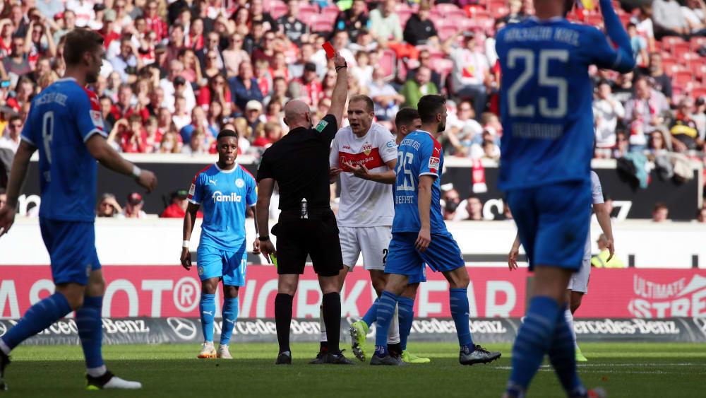 Unnötig: Mit seinem Platzverweis erwies Routinier Holger Badstuber seiner Mannschaft einen Bärendienst.