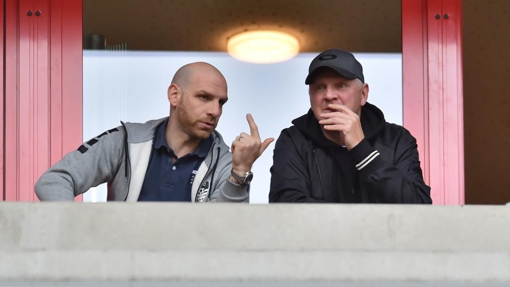 Müssen kurzfristig umplanen: Geschäftsführer Nikolas Weinhart (li.) und Manager Stefan Effenberg.