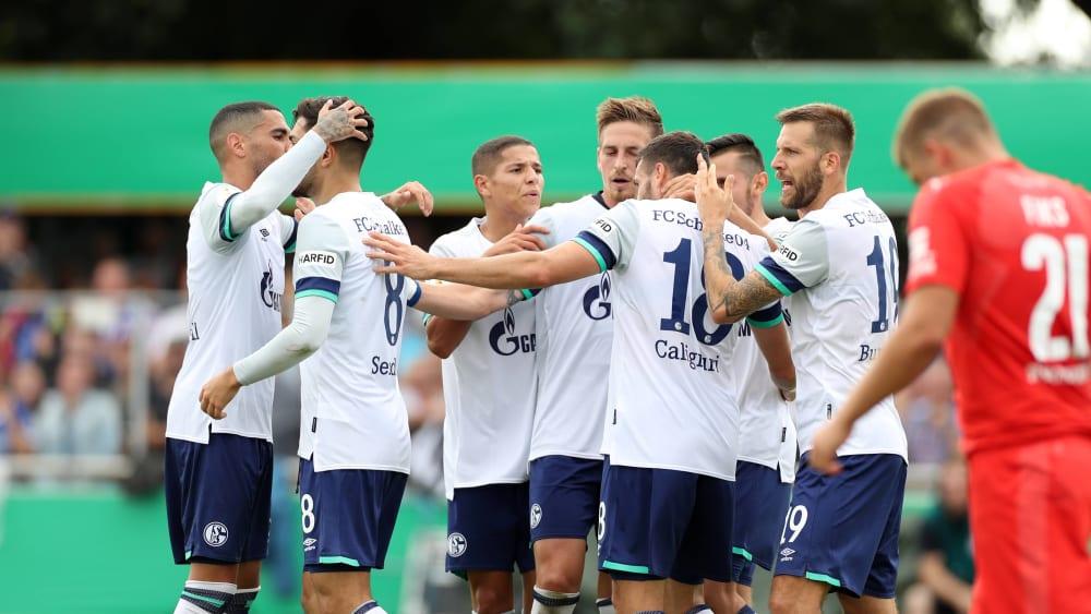 Die Schalker durften bei Drochtersen /Assel das Weiterkommen bejubeln.