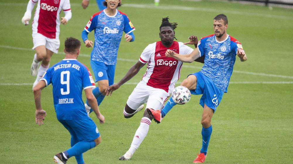 Testspiel Holstein Kiel Unterliegt Der B Elf Von Ajax Kicker
