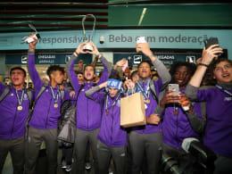 Der FC Porto feiert den Youth-League-Titel