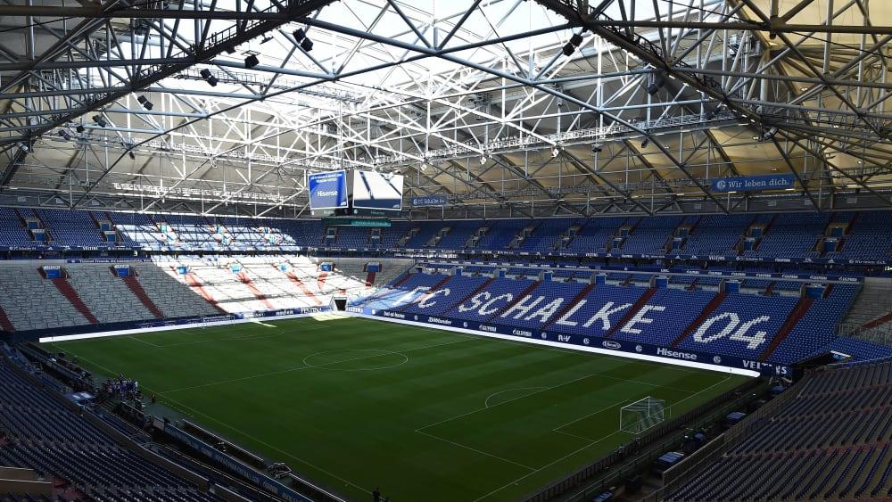 Spielplan 2021 22 2 Bundesliga Schalke Eroffnet Gegen Hsv Kicker