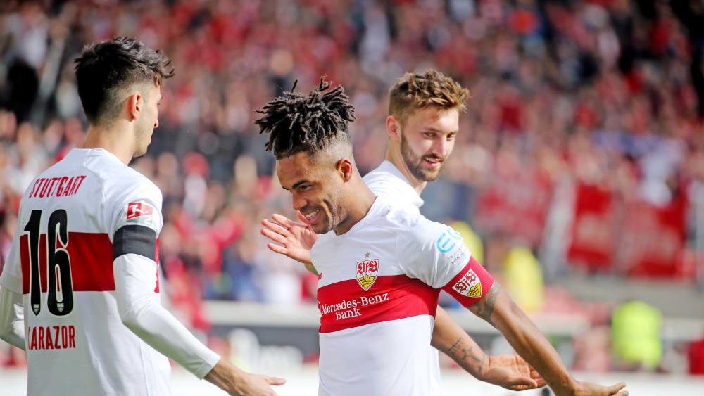Stuttgart bezwingt Regensburg in 107 Sekunden