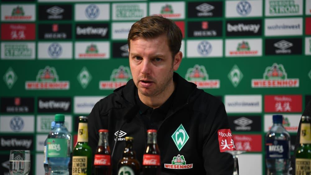 Trainer Florian Kohfeldt lässt sich die Option eines Kurztrainingslagers vor dem anstehenden Gastspiel in Leipzig noch offen.