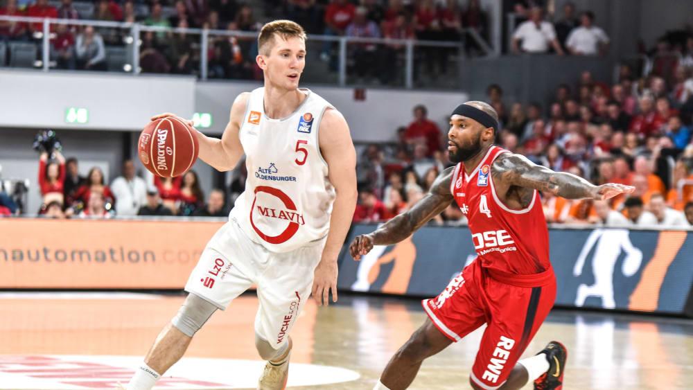 T.J. Bray (li.) läuft in der kommenden Saison für die Basketballer des FC Bayern auf.