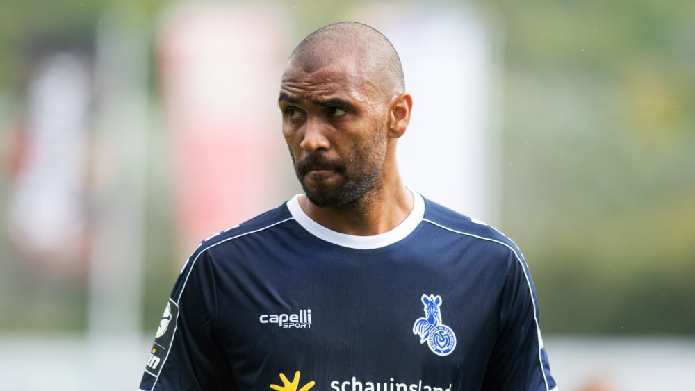 Hat erkannt, dass die Duisburger wieder besser verteidigen müssen : Marvin Compper.