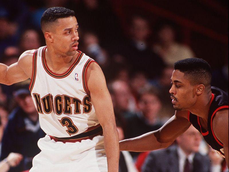 Als Star der Denver Nuggets wurde Abdul-Rauf mehr oder weniger aus der NBA geekelt.