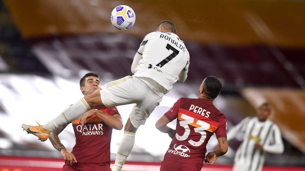 Unnachahmlich in Unterzahl: Cristiano Ronaldo rettet Juve Remis
