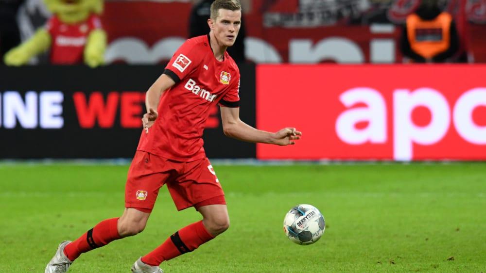 Sven Bender, Abwehrchef von Bayer Leverkusen, soll Bayerns Topstürmer Robert Lewandowski stoppen.