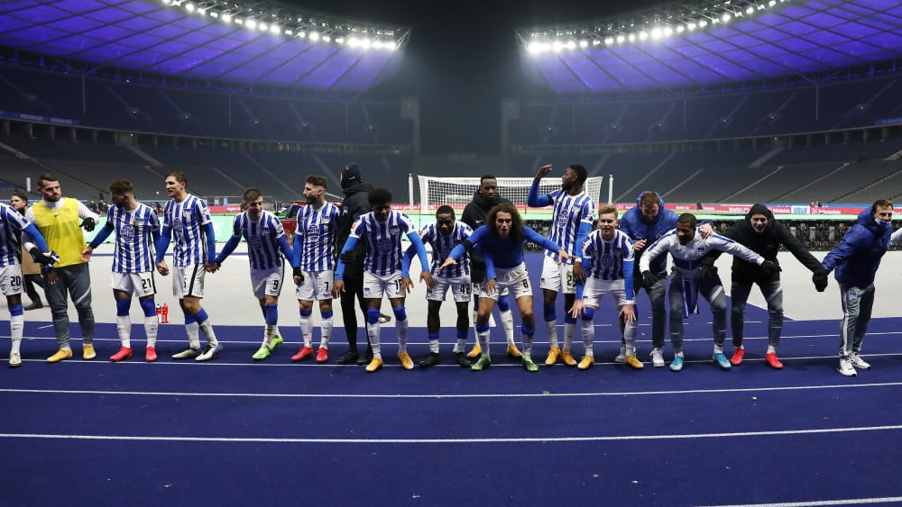 Piatek führt Hertha in Überzahl zum Derbysieg