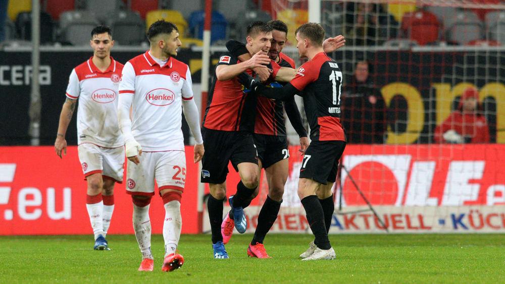 Hertha BSC bejubelt das 3:3 durch Krzysztof Piatek
