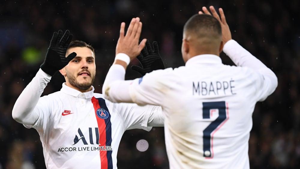 Mauro Icardi (li.) und Kylian Mbappé bejubeln das 1:0 gegen Galatasaray.