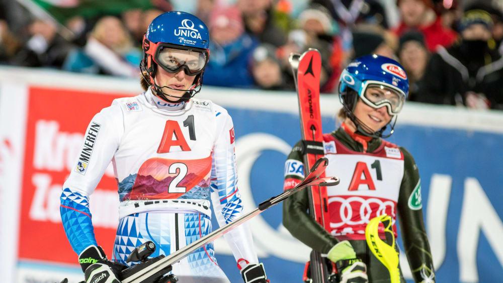 Petra Vlhova (links) und Mikaela Shiffrin (rechts) beim Wettkampf in  Flachau