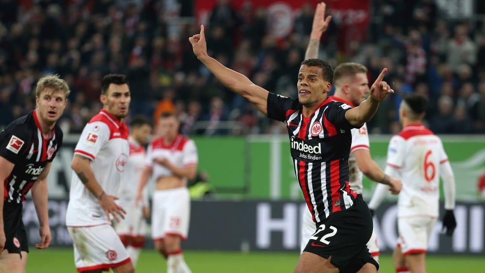 Timothy Chandler erzielte in Düsseldorf spät das Frankfurter Ausgleichstor