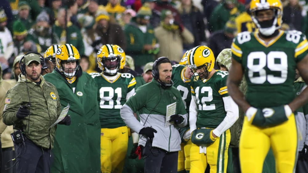 Matt LaFleur (Mitte) ist Head Coach der Green Bay Packers.
