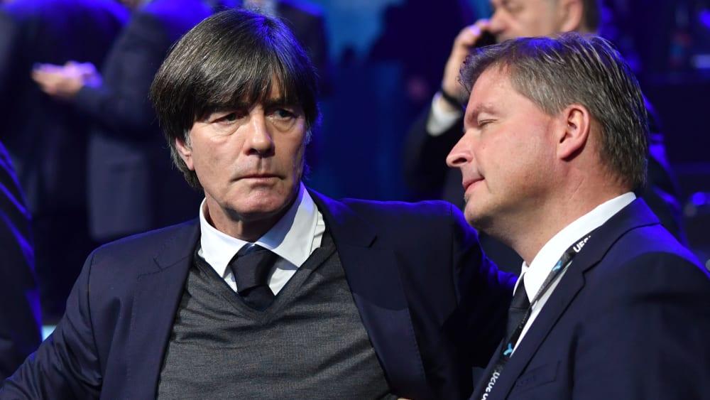 Sichtlich angespannt: Bundestrainer Joachim Löw