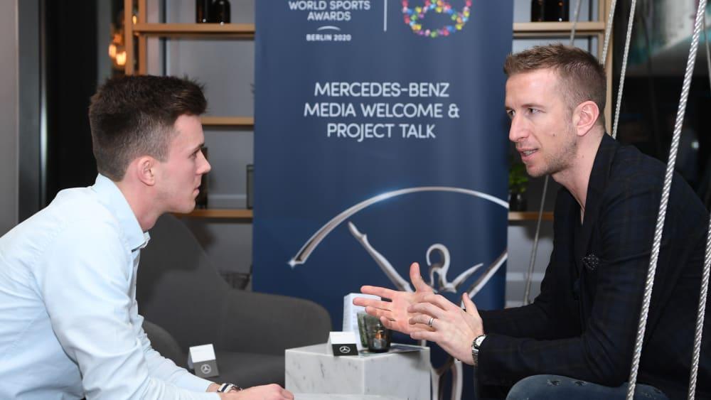 Gespräch in Berlin: Marc Janko mit kicker-Redakteur Mario Krischel.